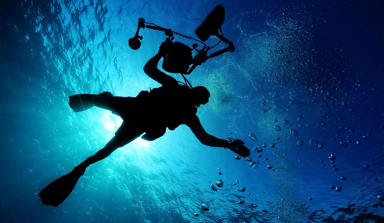 一生の思い出が作れる!青の洞窟でダイビングをするには?