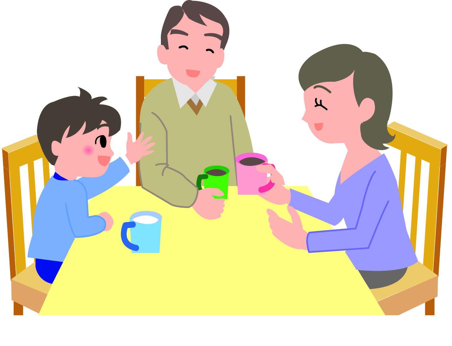 意外な危険性が!?食卓の椅子は子供用を準備すべき
