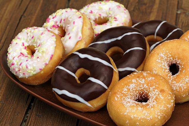 リピート間違いなし!?ドーナツをホットケーキミックスで作る方法