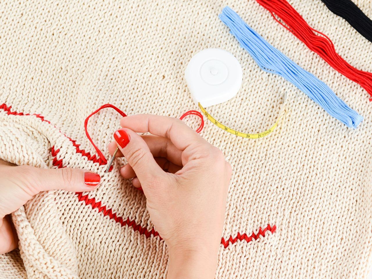 やり方ひとつで初心者でも服の刺繍が出来る!簡単なやり方とは