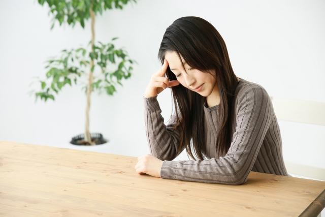 天気と頭痛の関係性|24%の確率で雨が原因!?対処法は?