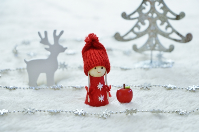 平凡すぎるクリスマスツリーの土台を隠したい時はどうすればいいの?