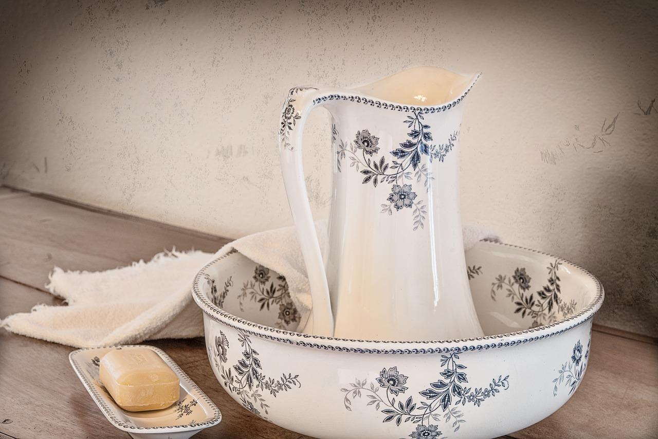 超簡単!洗面器に水を溜めるだけでも加湿ができるの知ってましたか?