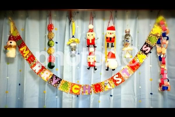 子供と一緒に楽しみたい!簡単にできるクリスマスの切り絵