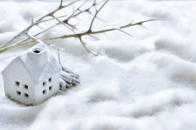 電気代が全然違う!!後付け可能な蓄熱暖房機で冬をもっと快適に!