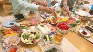 お家で手巻き寿司の予定!?桶って100均で手に入るっけ?